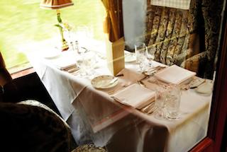 Eine Zugfahrt im Belmond British Pullman Annaway Travel Travelblogger 3