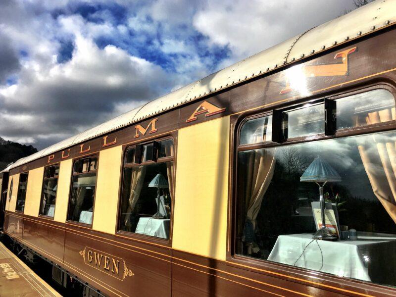 Eine Zugfahrt im Bemond British Pullman Anna Travel Travelblog Reisen