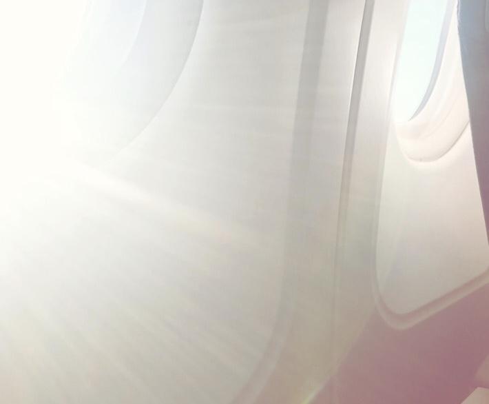 Sonnenschutz im Flugzeug Annaway Travel Travelblogger Reisen 7