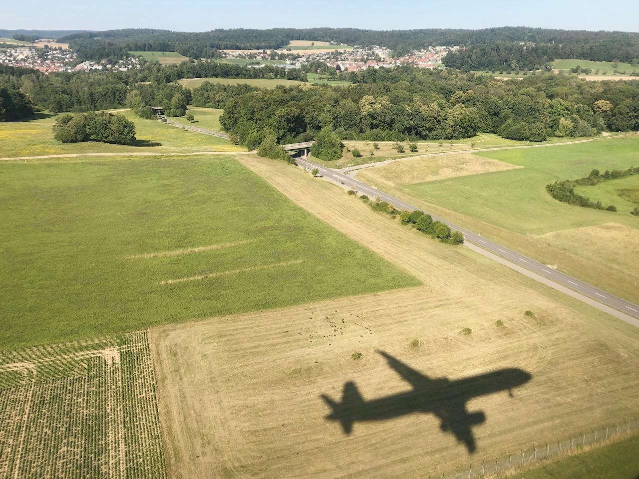 Landeanflug Flugzeug Reisen nach Lockdown Annaway