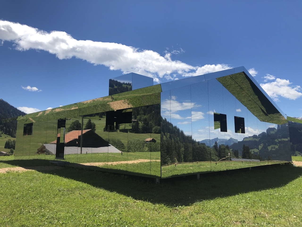 Home Swiss Home – Mirage Gstaad